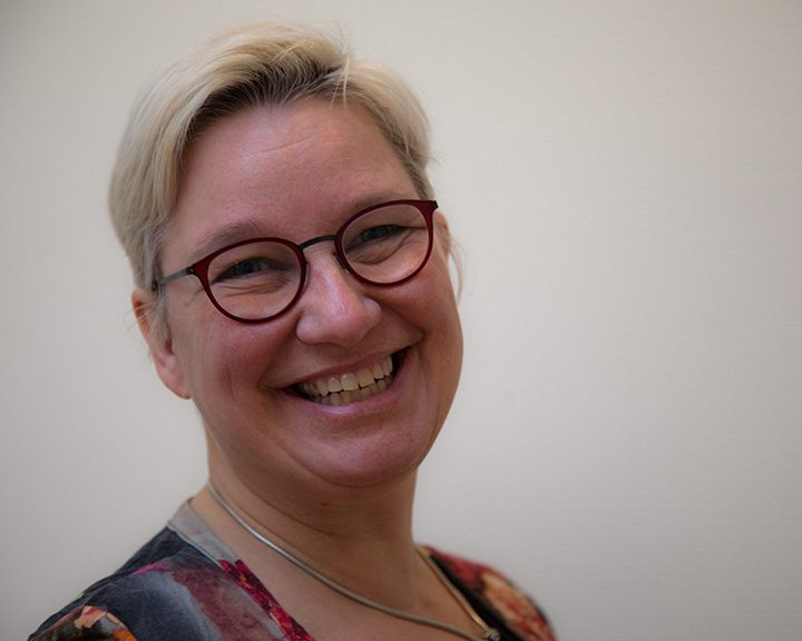 Ingrid Apoll-Bakker